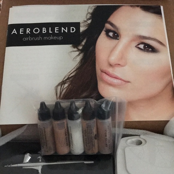 Aeroblend Makeup Airbrush Kit With Foundation Set Poshmark